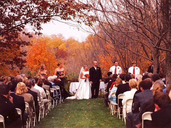 Benefits of having a fall wedding la vita bella events Places to have a fall wedding